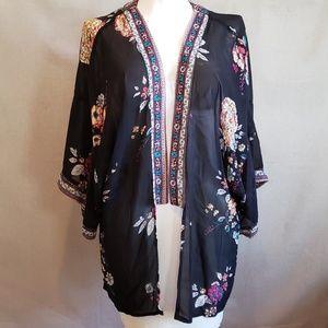 Flowered Kimono sheer flowy w flowers M EUC